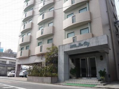 サンシティホテル2号館