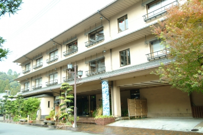 湯元荘 東洋館