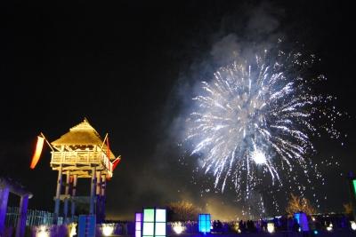 12月:吉野ヶ里 光の響