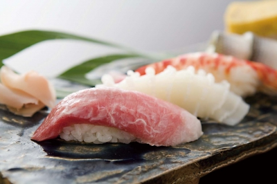 This restaurant serves fishes from the Genkai Sea and the Ariake Sea as well as various a la carte Japanese dishes. * Telephone Reservation is Needed