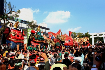 The Karatsu Shrine's autumn festival